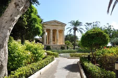 Valletta, Lower Barrakka Gardens